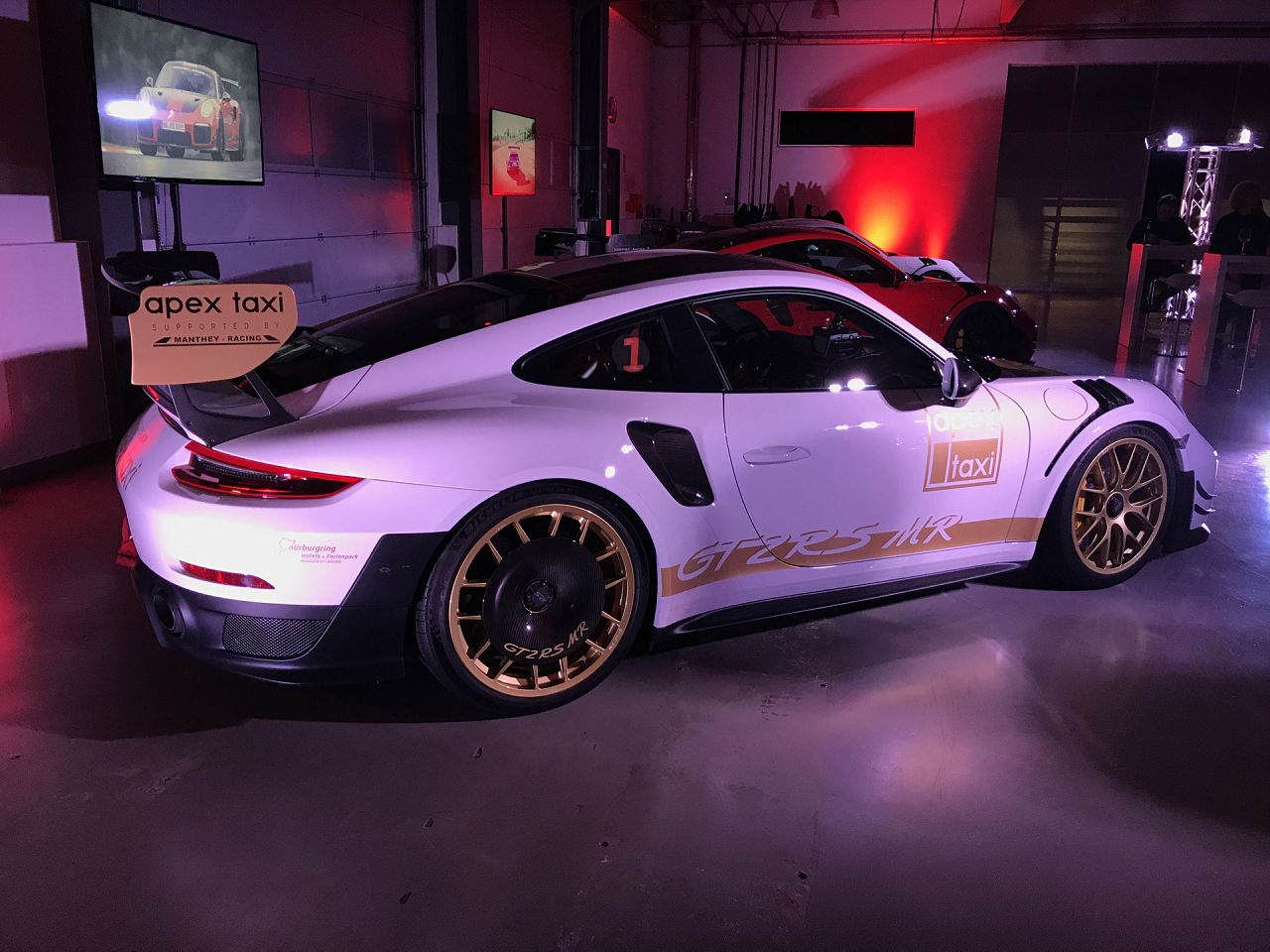Porsche 911 Gt2 Rs >> Manthey-Racing presents the 911 GT2 RS MR Kit